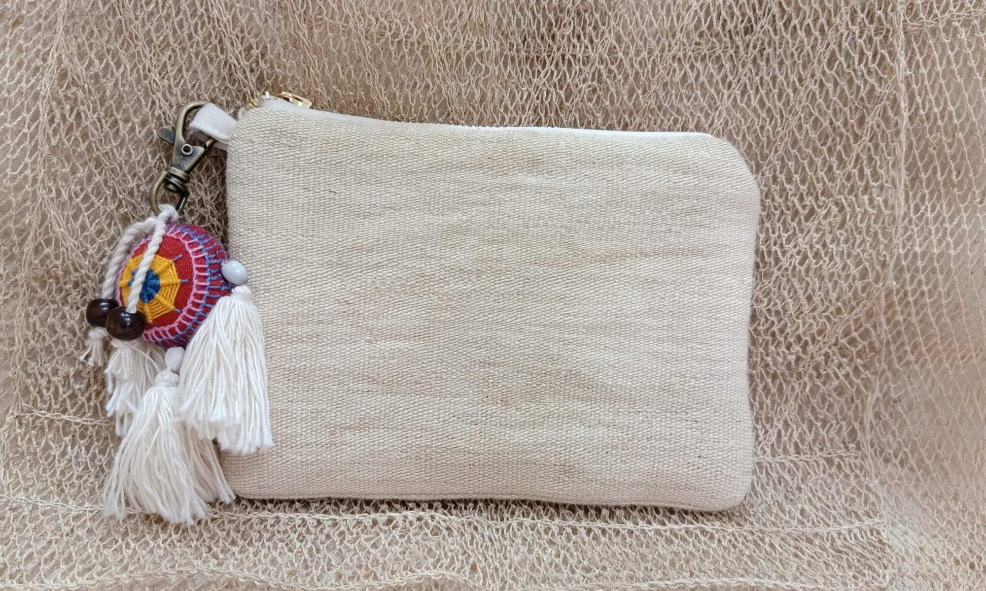 Weaved jungle vine bag plain